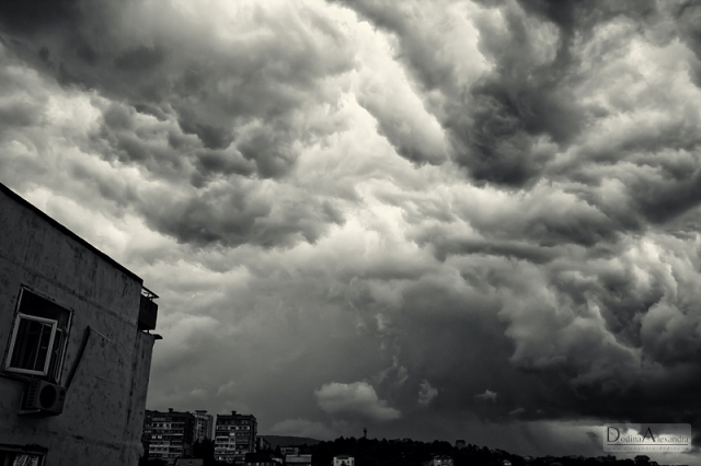 Облака перед смерчем.